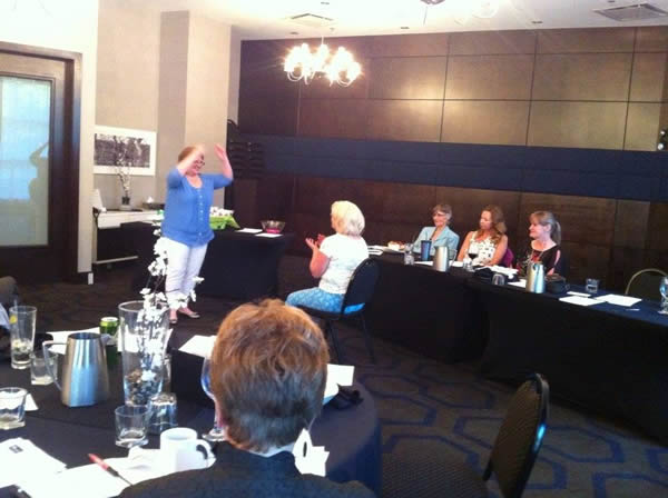 Catherine Simmons conducting EFT on member